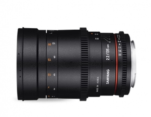 Samyang 135mm T2,2 VDSLR ED UMC do Canona