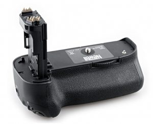Newell battery pack BP-E11 do Canon 5D Mark III